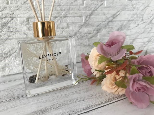 【ダイソー】貝殻やお花が入ったお洒落な『プリザーブドディフューザー』商品紹介・レビュー!香りは2種類